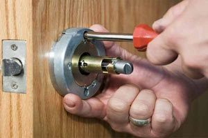 make a new house key glenview